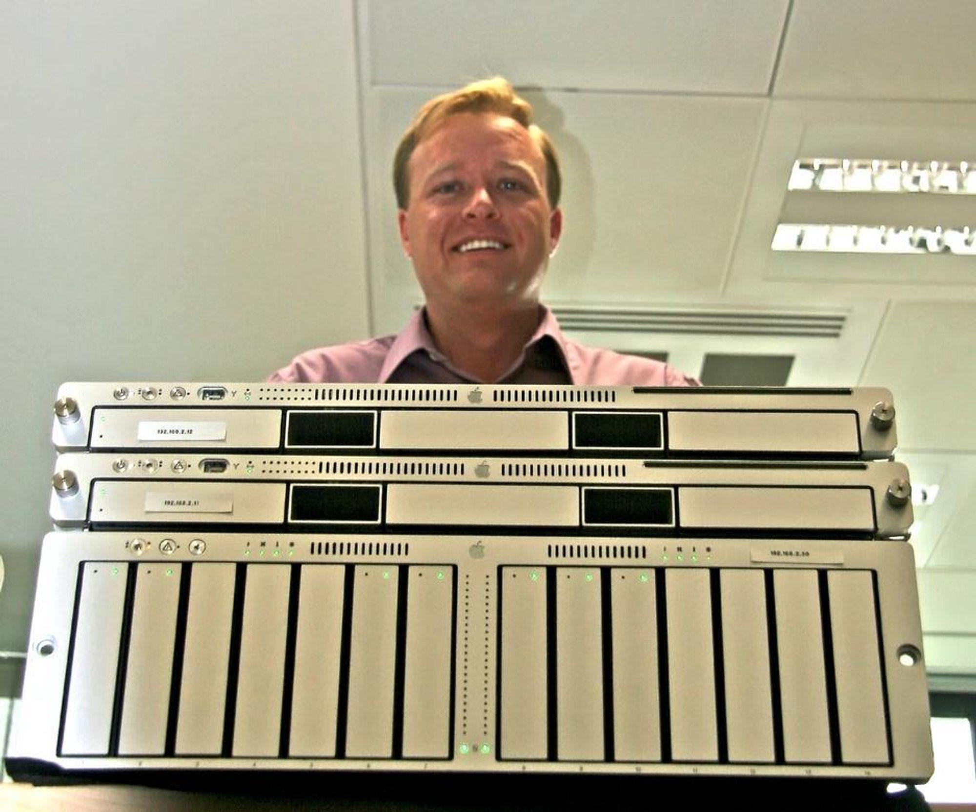 BILLIGSALG:Apples senior produktsjef for datalagring, Erik Zelenka, mener ingen slår dem på pris når det gjelder SAN.