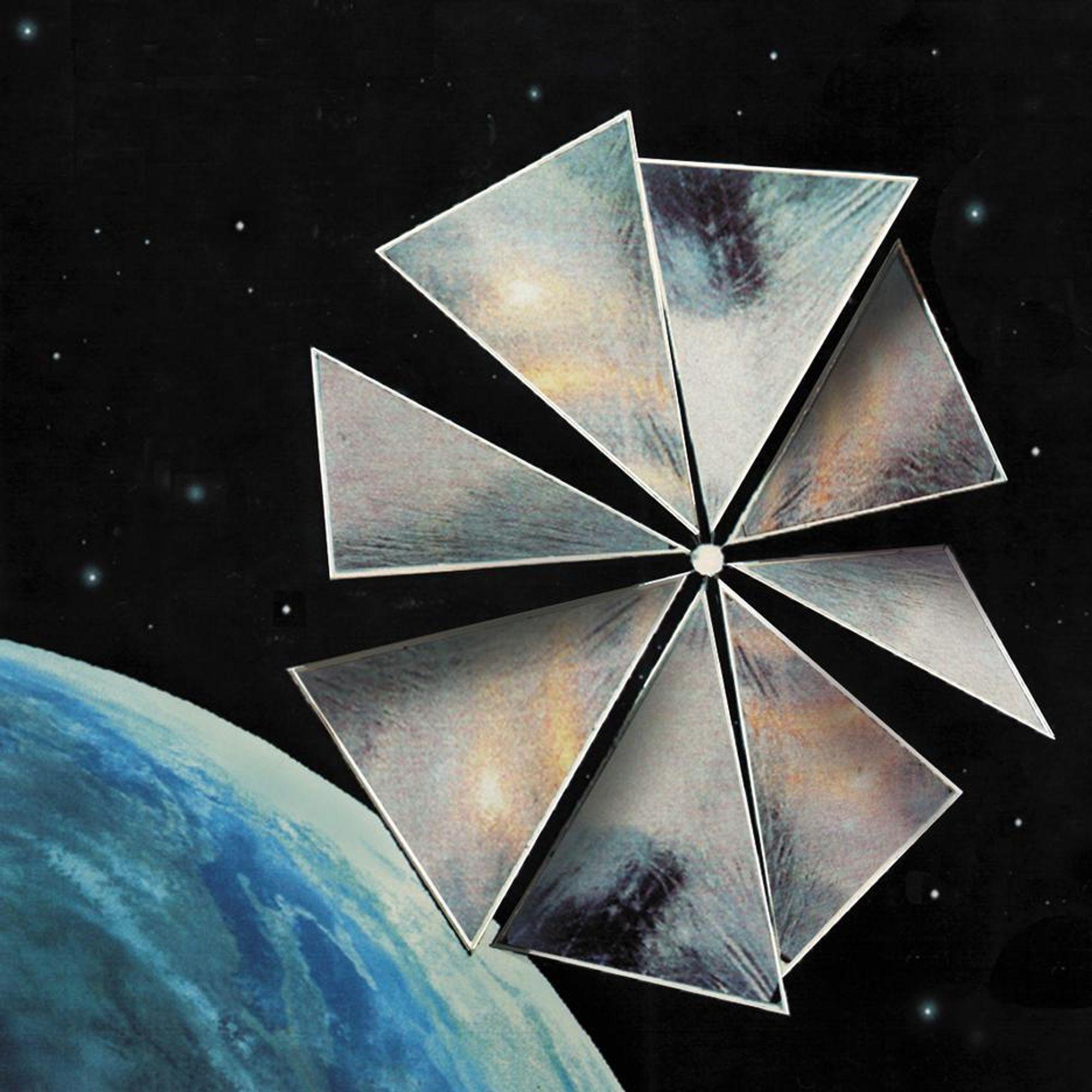 Kritisk. Slik vil Cosmos 1 se ut med solseil-segmentene på plass. Utfoldingen av segmentene er en kritisk fase av prøven. (Babakin Space Center, The Planetary Society)