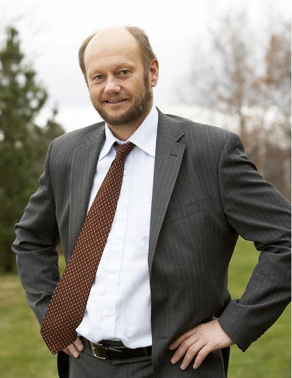 Stein Lier Hansen, leder , Norsk industri. Pil