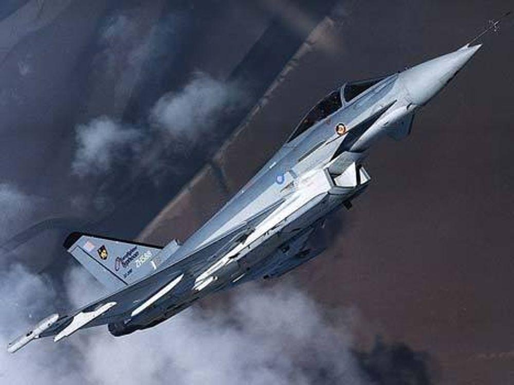 ROR OG RADAR: Norsk industri leverer allerede til Eurofighter: Rorflater i karbon, avansert maskin- og programvare for radar, sensorer og diverse ombordssystem, luker til nesehjulbrønn, simuleringsverktøy for å behandle IR-data som flyet fanger opp. Mange nye prosjekt står for tur. FOTO: EUROFIGHTER