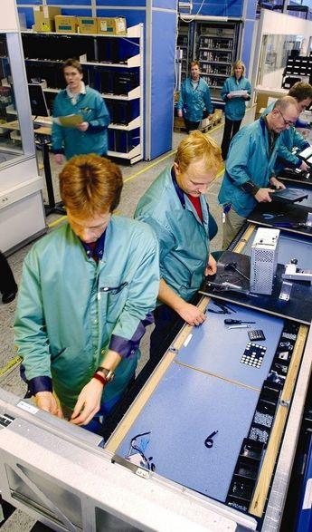 KONSENTRERT: Kitron vil etter nedleggingen av produksjonsvirksomheten på Kongsberg få ett sterkt produksjonsmiljø for forsvarsrelatert elektronikk i Arendal. FOTO: KITRON