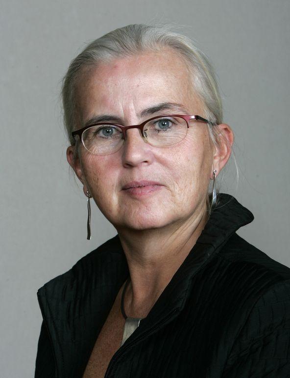 Miljøvernminister Helen Bjørnøy er fornøyd med en felles kjemikalielovgivning, men frykter at den ikke blir streng nok.