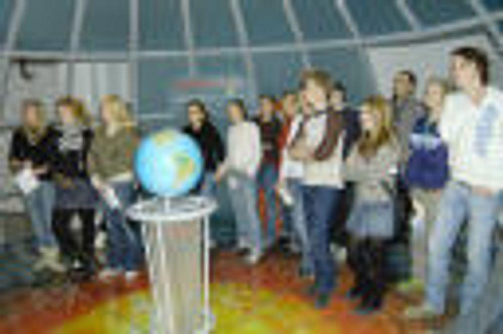 POPULÆRT: 12 skoleklasser besøker i gjennomsnitt Norsk Teknisk Museum hver dag museet er åpent i skoletiden.
