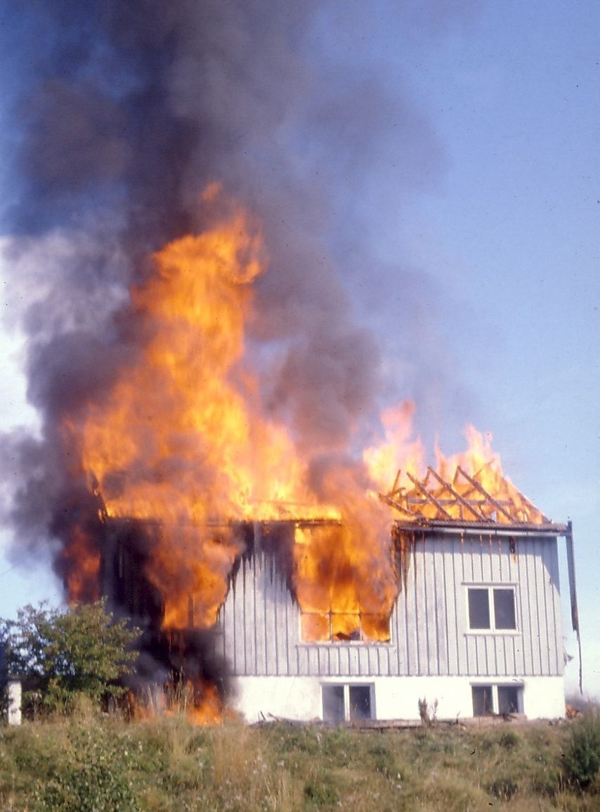 SLURV:Norske byggeiere opptrer ansvarsløst i forhold til regelverket, sier adm. direktør i Brannvernforeningen. Regelverket i Norge er like godt som ellers i Norden. FOTO:BRANNVERNFORENINGEN