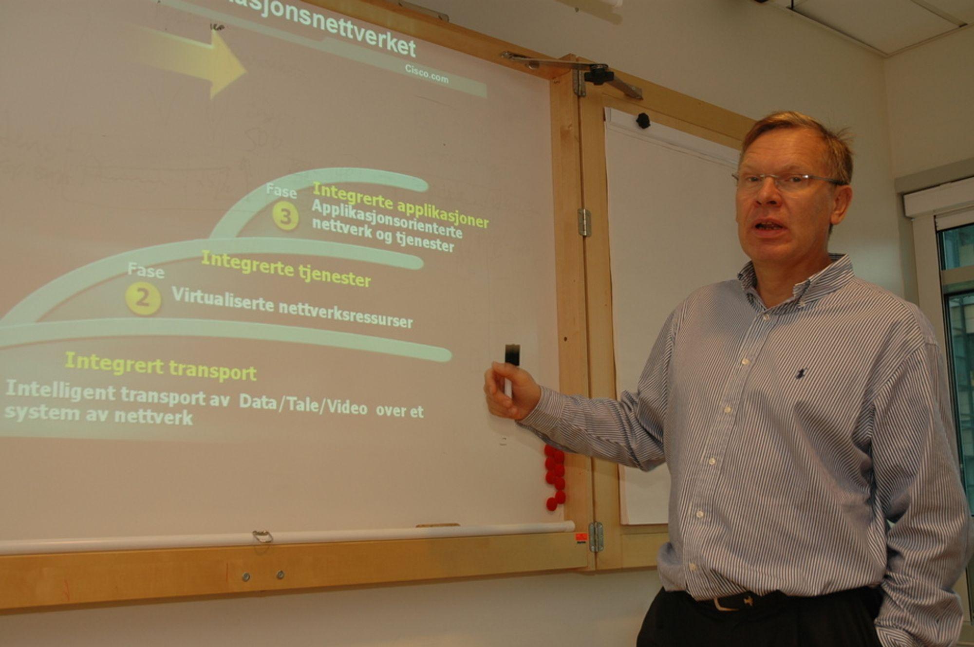 FASE TRE: Administrerende direktør Jørgen Myrland hos Cisco forteller at de nå introduserer fase tre i sine bestrebelser på å gjøre tele- og datanettverk mer effektive.