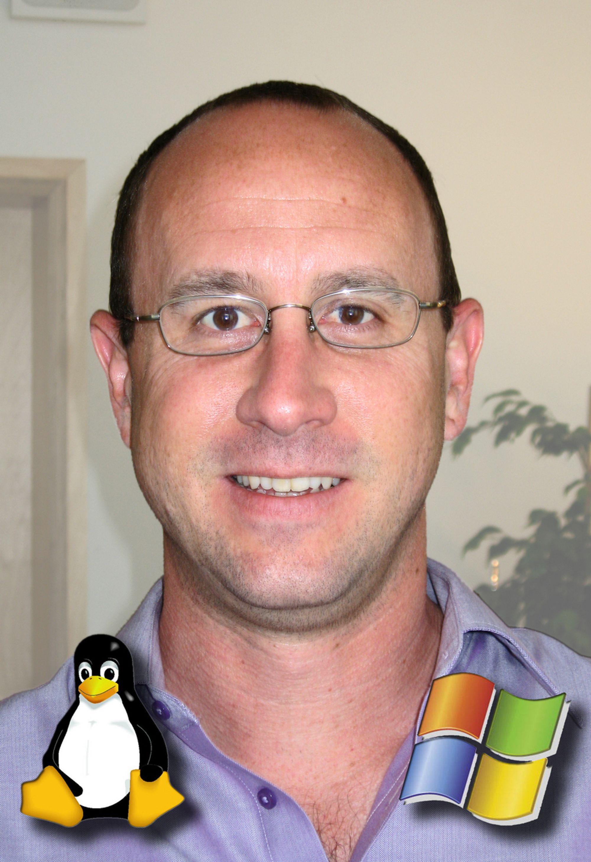 BEGGE DELER:Microsofts direktør for plattformstrategi, Bill Hilf, er like godt skodd både når det gjelder Linux og Windows.