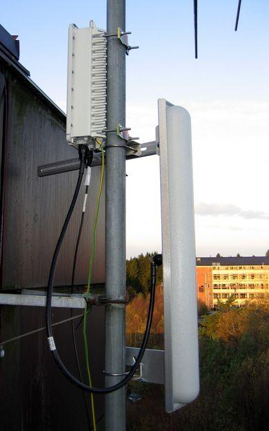 ANTENNER: Alcatel satser tungt på WiMax-teknologien, og denne antennen er utviklet spesielt for formålet. FOTO: ALCATEL