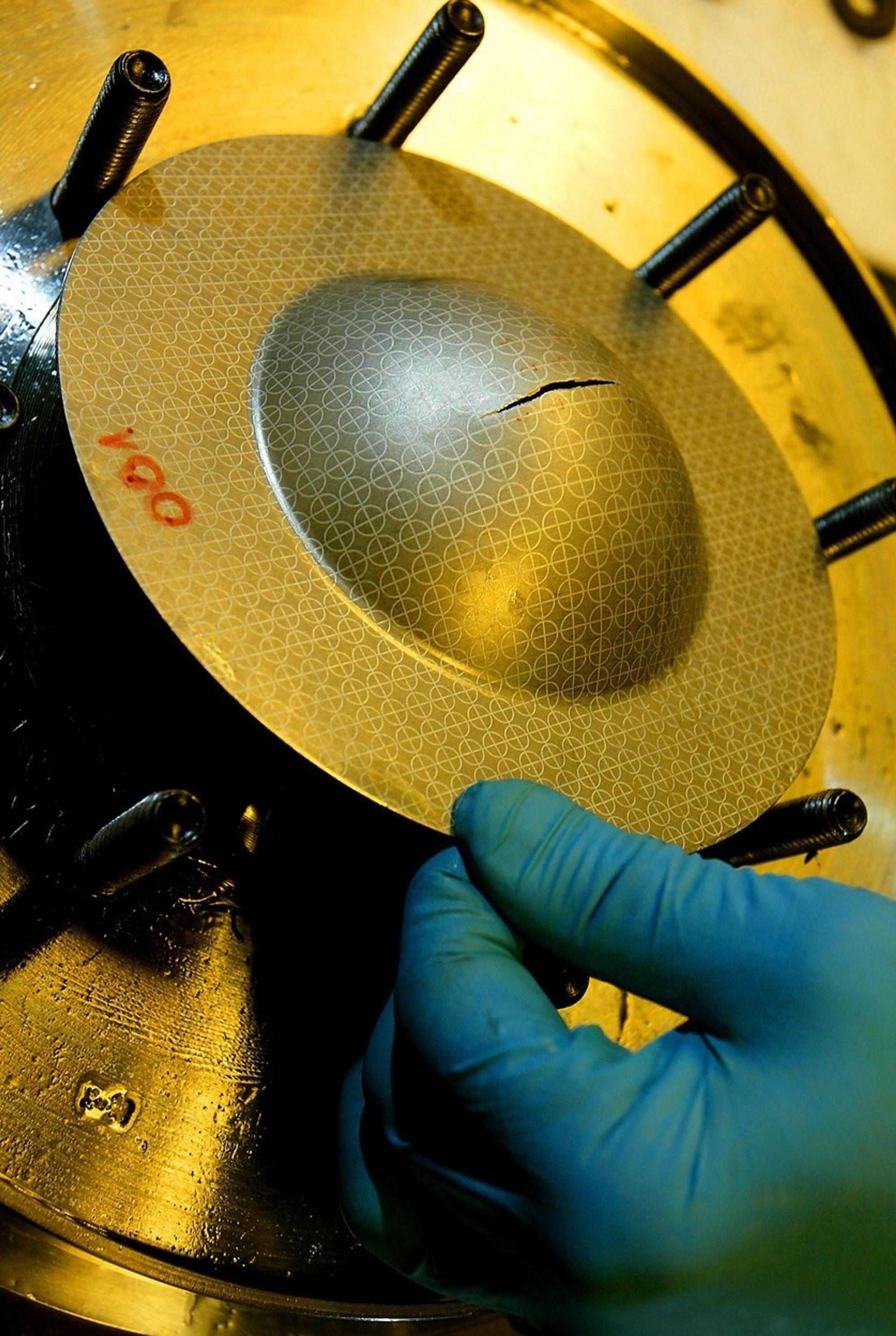 Formingslaboratorium for hydroforming ved NTNUs Inst. for materialteknologi og elektrokjemi.