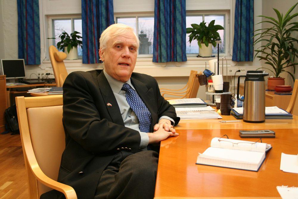 SKYLDER PÅ REFORM 94: Grunnen til at mange studenter er dårligere i matematikk nå enn for 10-15 år siden er innføringen av Reform 94, mener NTNU-rektor Torbjørn Digernes.