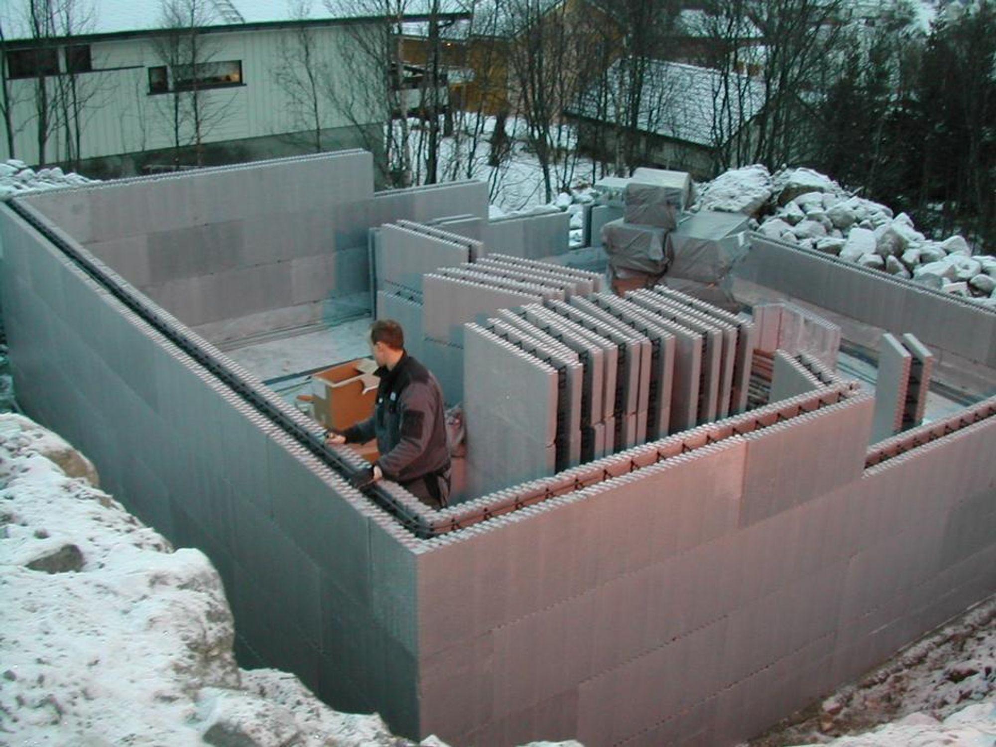 SUNN OG SIKKER: Forskriftsmessig montert er Iglosystemet miljøvennlig med stor brannmotstand.