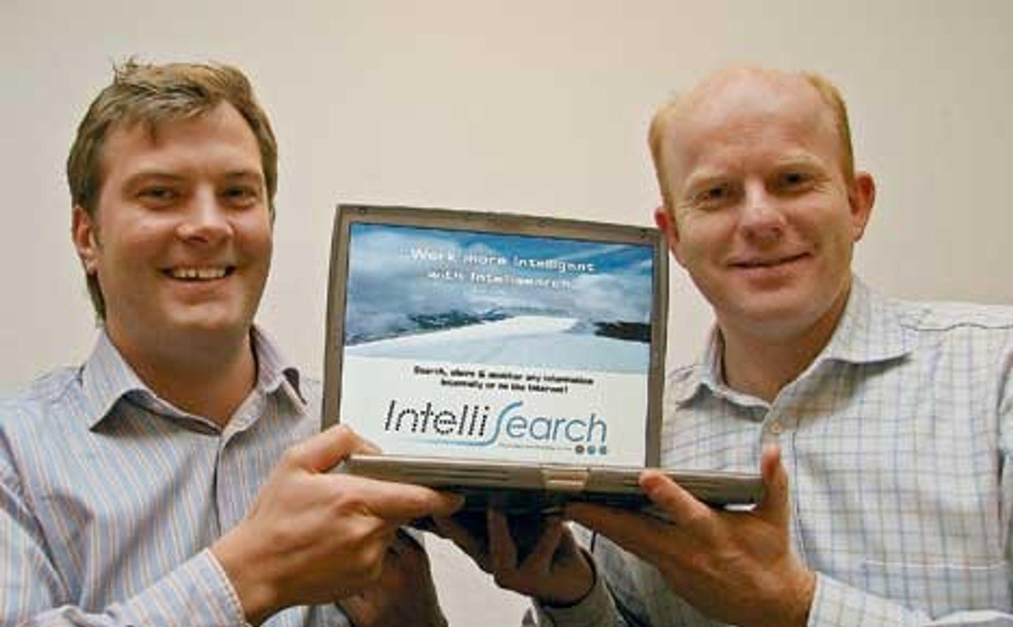 BEDRE OG BILLIGERE: Harald Jellum (t. v.) og Kristian Hjelseth i Intellisearch mener norske bedrifter både kan bli mer effektive og kan spare penger på deres nye søkeprogramvare.