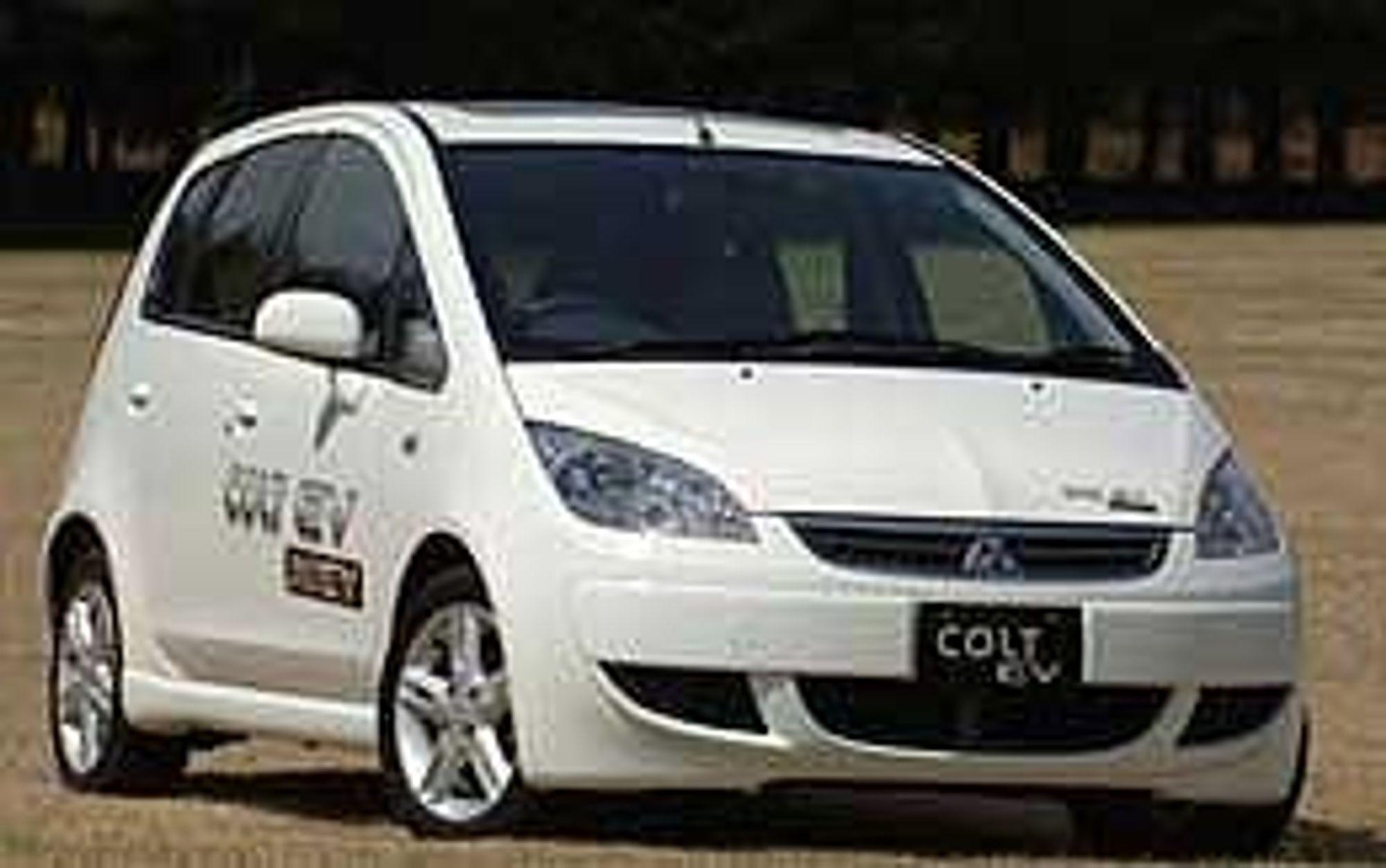 Mitsubishi tester ut sin elbil-teknologi i en modifisert Colt. Foto: Mitsubishi