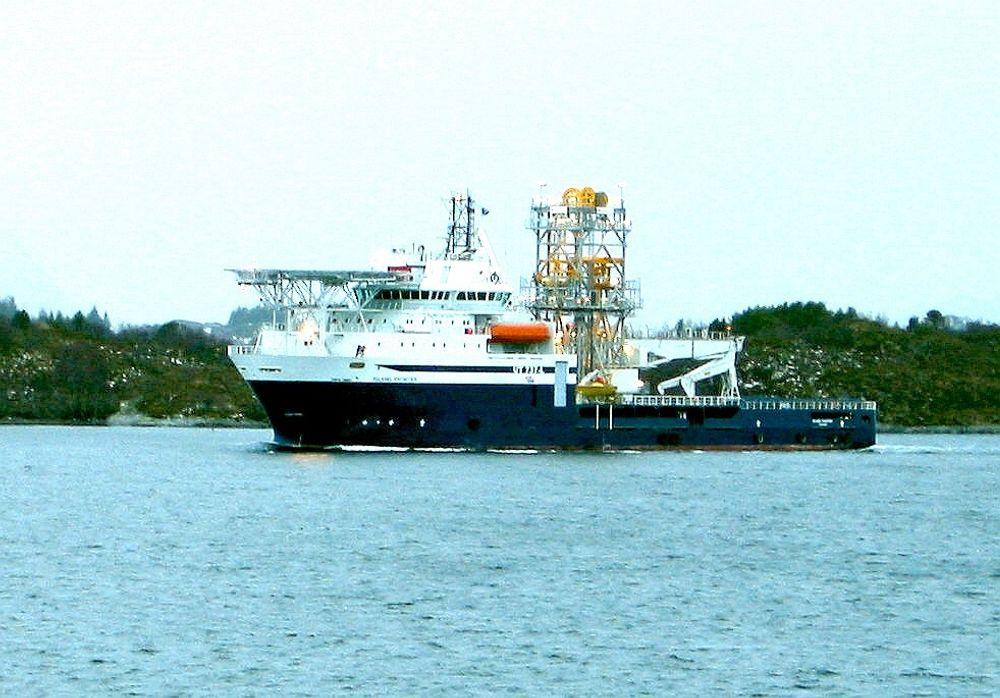 ØKT UTVINNING: Ved å bruke lett brønnintervensjon fra M/S Island Frontier, mener tilbyderne at det er mulig å øke utvinningsgraden på undervannsbrønner. FOTO: Island Offshore