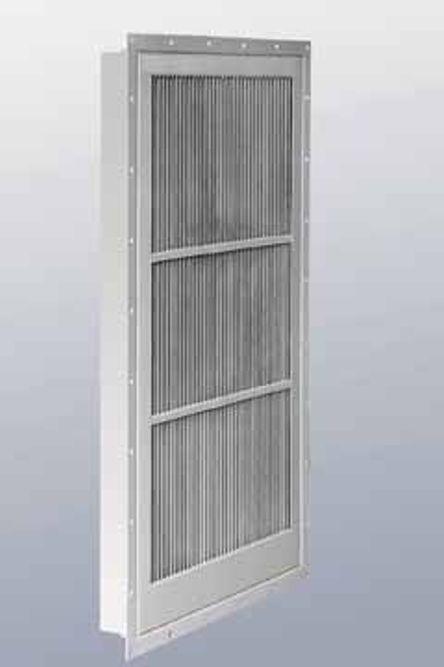 SLANK: Slank og effektiv lufttørker/dråpeutskiller hindrer fuktinntrenging i ventilasjonsanlegg og bygninger.