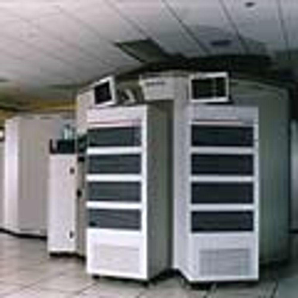 Når stadig mer data skal lagres, må det som regel også nyere programvare til.