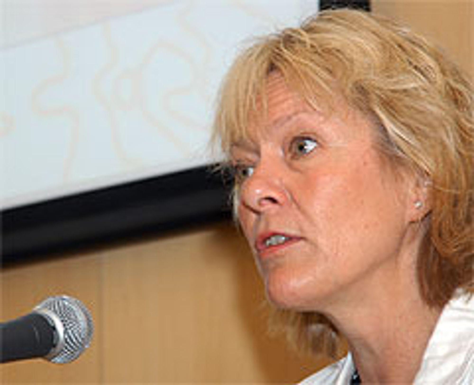 HYDROGENMINISTER: Statsråd Kristin Clemet understreket at Norge er forpliktet til å være med på å utvikle gode hydrogenteknologiske løsninger for framtida under en konferanse i Tokyo. Foto: Atle Abelsen