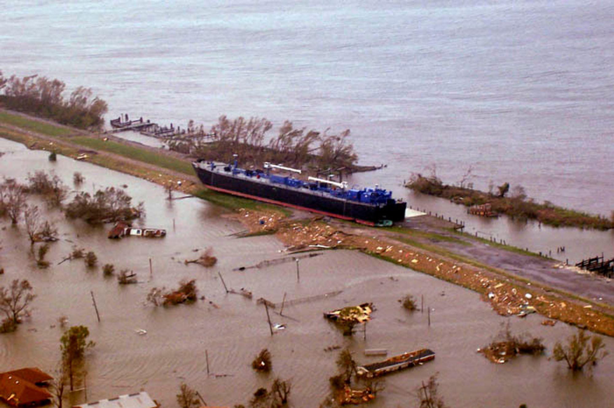 Katrina traff her kysten 29. august ved Plaquemines Parish, like ved Empire, Buras og Boothville i Lousiana.
