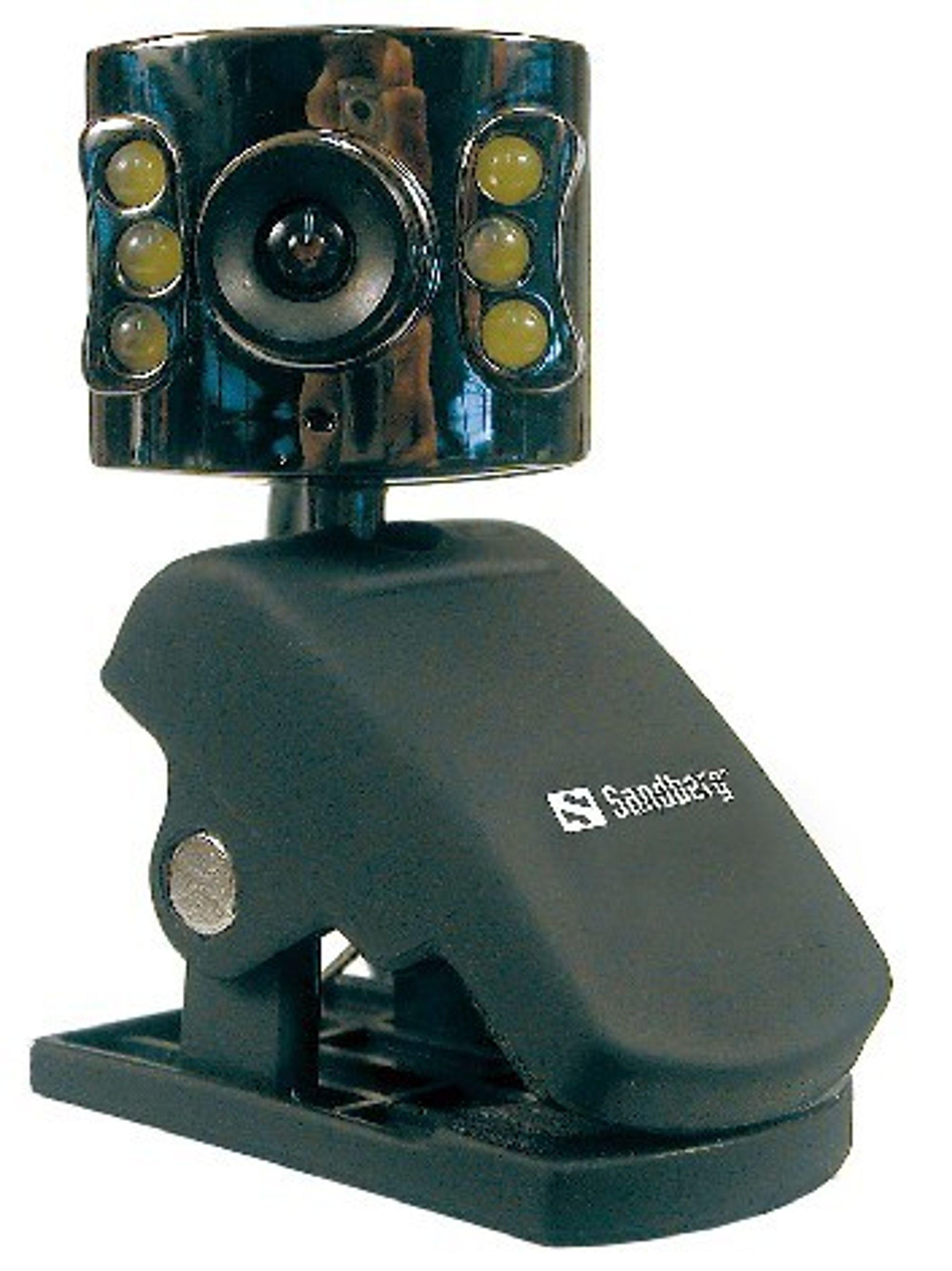 FOR NATTUGLER: Med dette webkameraet, Sandberg NightCam, kan du kommunisere i mørke.