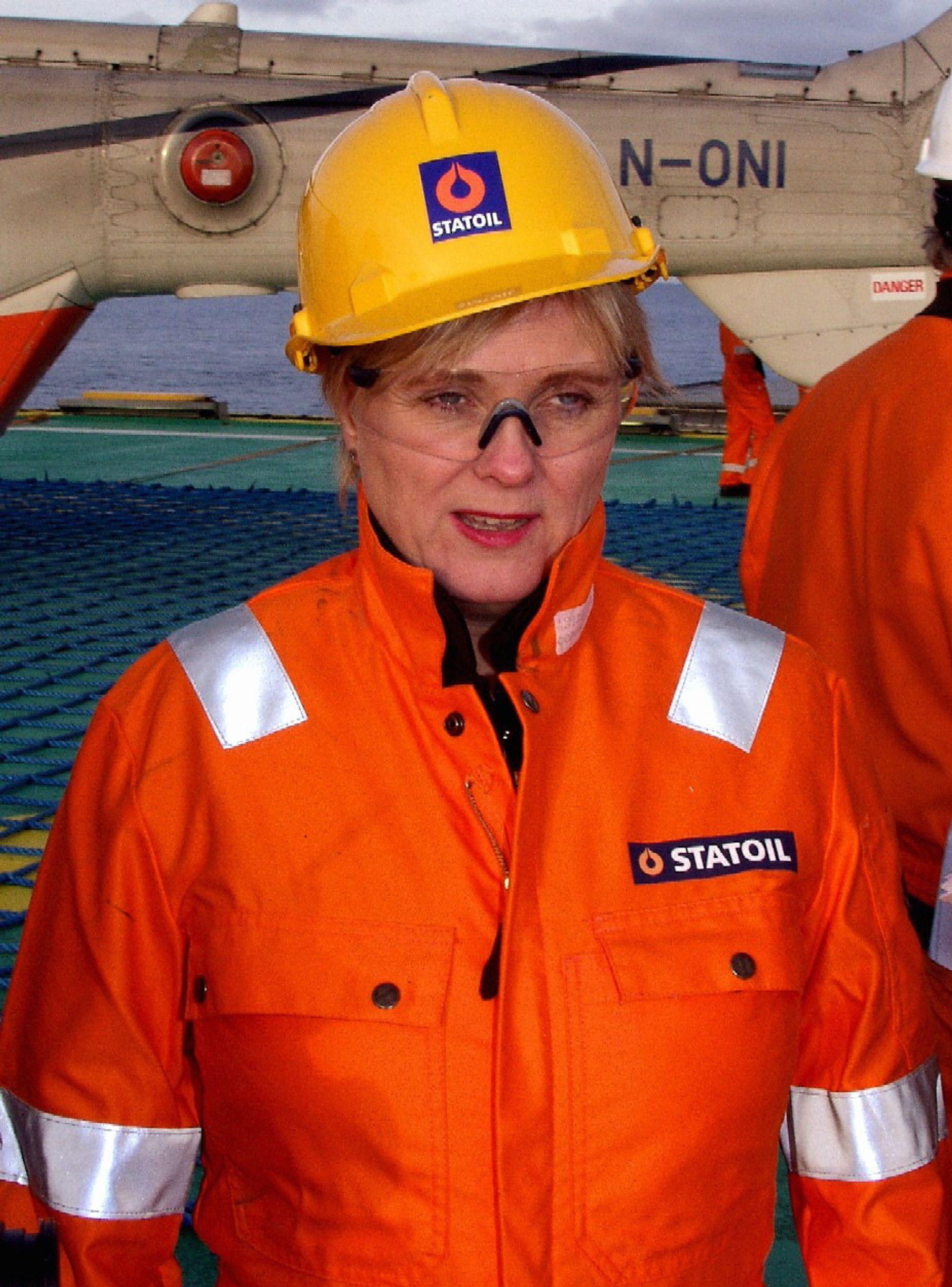 KRAFTKABEL: Statsråd Thorhild Widvey gir grønt lys for kraftutveksling mellom Norge og Nederland. Det er handelen med grønn kraft som lokker. FOTO:AJS