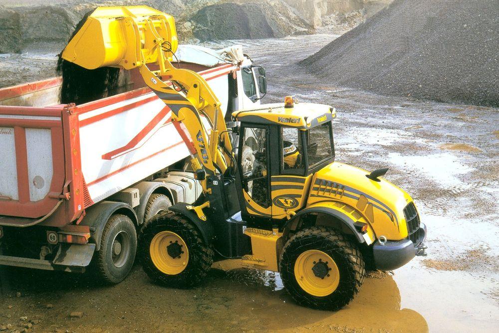 TOSTEGS: Hjullasterne består av en serie maskiner fra 3,2 til 12,5 tonn. .