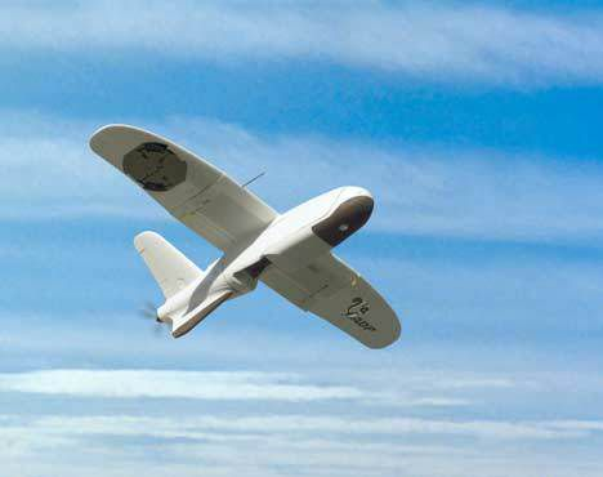 FØRERLØST: Nå kan førerløse fly dirigeres via radiomeldinger i klar tale. FOTO: NASA