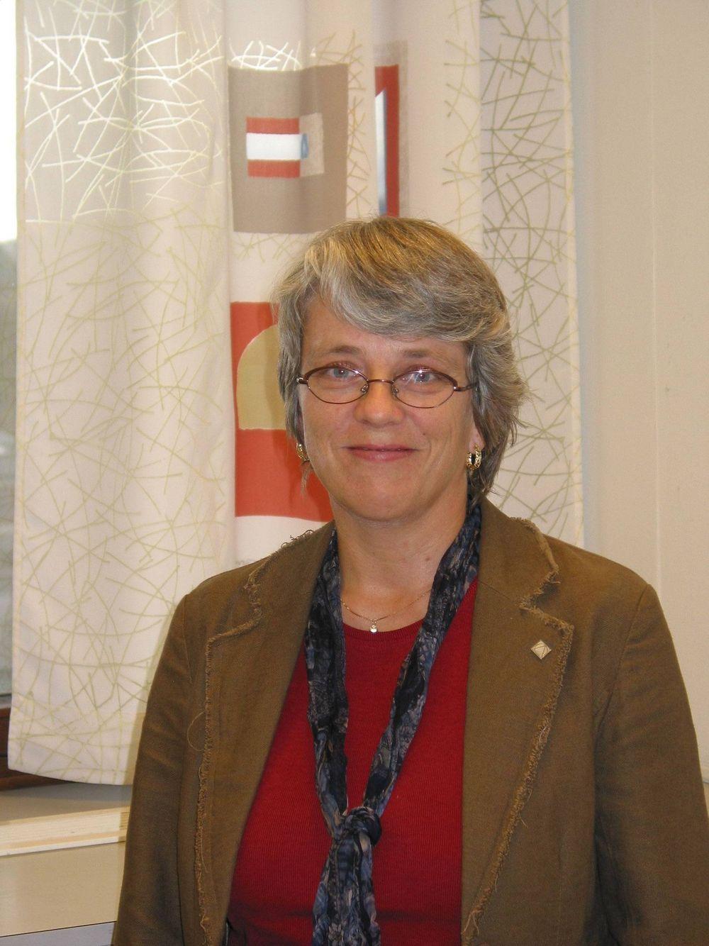 Marianne Grøstad Nesje Grøstad Nesje er bransjesjef for bransjegruppen primærnæringene og bioteknologi i Patentstyret. Nesje har i tillegg erfaring innenfor biokjemisk forskning ved Universitetet i Tromsø og Universitetet i Trondheim.
