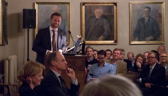 Blidest av alle: Helse- og omsorgsminister Bent Høie har stor tro på at ny teknologi kan gi oss bedre helse og omsorgstjenester