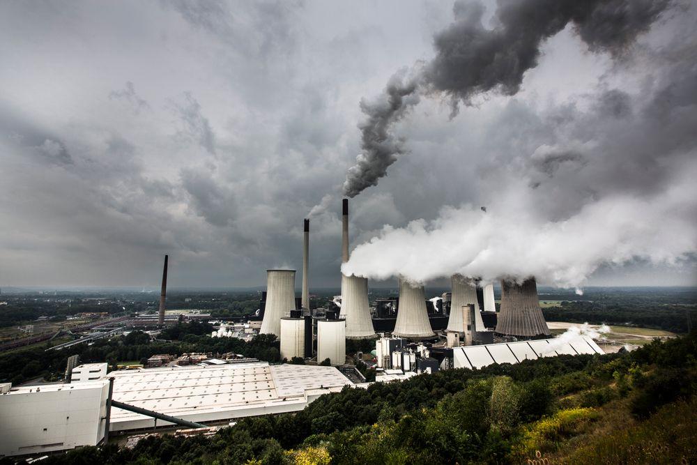Kull ut, kjernekraft inn: Britene planlegger å fase ut kullkraft, og har vedtatt storstilt subsidiering av kjernekraft for å erstatte tapt kraftproduksjon. Illustrasjonsbilde: Håkon Jakobsen