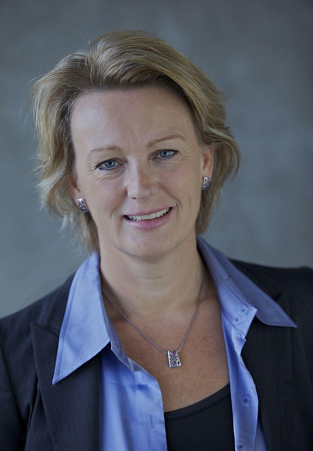 Elisabeth Tørstad er fra januar 2014 konserndirektør med ansvar for DNV GL Oil & Gas med 5.500 ansatte.