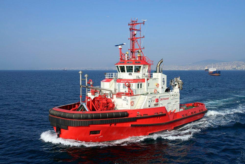 Testkjøring: Buksér og Bergings nyeste skudd på stammen - LNG-drevne M/T Borgøy - under prøving utenfor Istanbul.