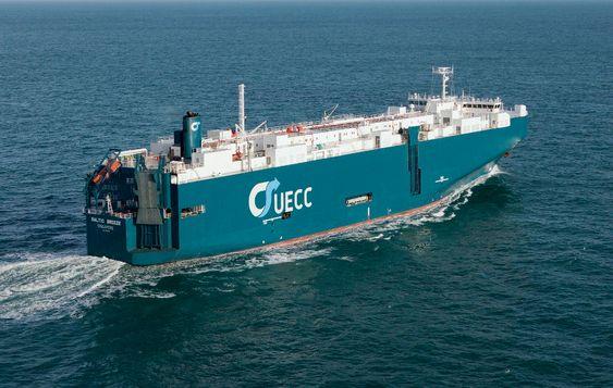 Lillesøster: Baltic Breeze blir søsterskip med de to nye LNG-drevne og isgående bilskipene. Baltic Breeze, som er fra 1983, ombygget i 2009,  har plass til 3242 biler og har isklasse 1C.