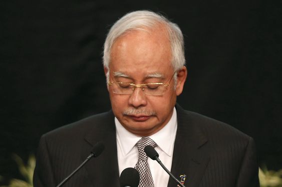 Under en pressekonferanse fortalte Malaysias statsminister Najib Razak at MH370 styrtet i havet.