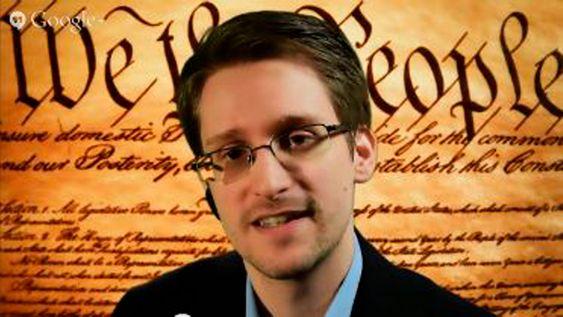 Nyheten er basert på dokumenter lekket av Edward Snowden. Her snakker han under en videokonferanse tidligere i mars.