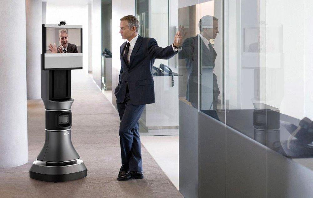 Ruslekonferanse: Denne mobile telekonferanseroboten, AVA 500, kommer snart på markedet og tilbyr en ny dimensjon i måten vi omgås på.