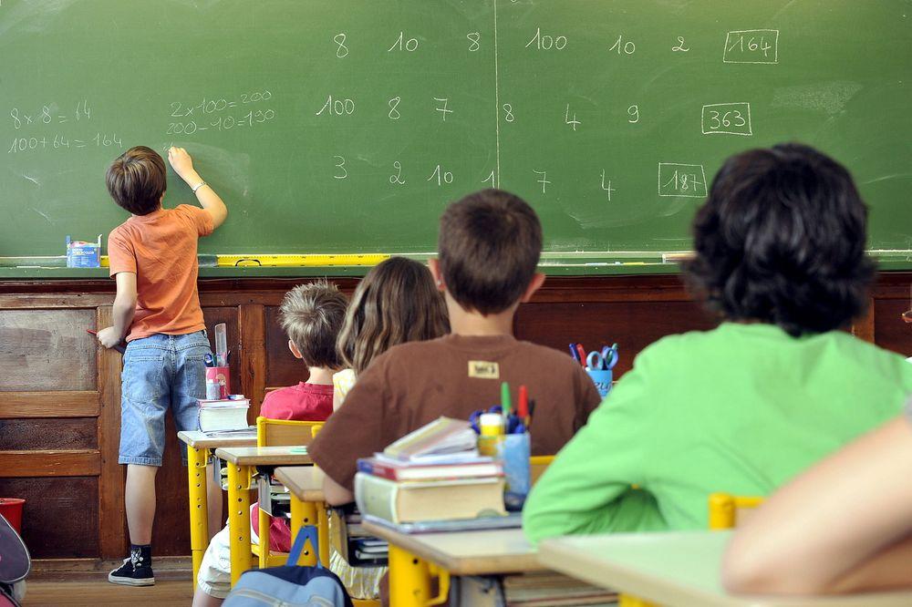 Lederprogram for skoleelever vekker mye engasjement og kritikk i Sverige.