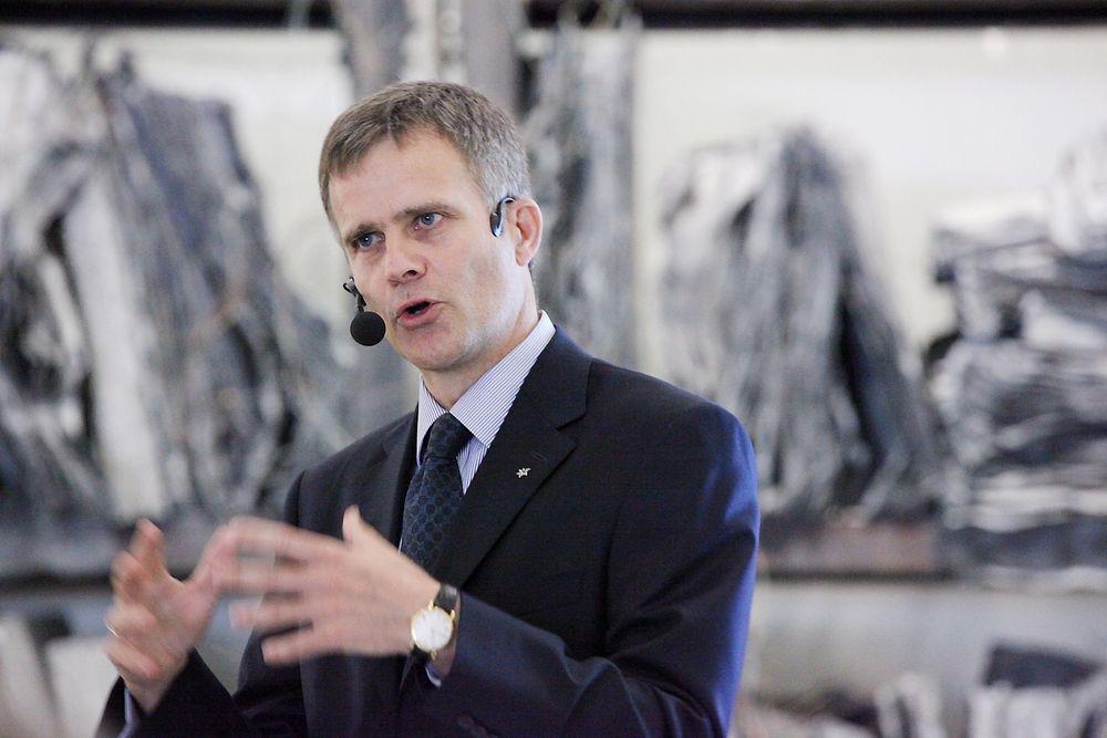 Helge Lund trekker personell ut av Libya.