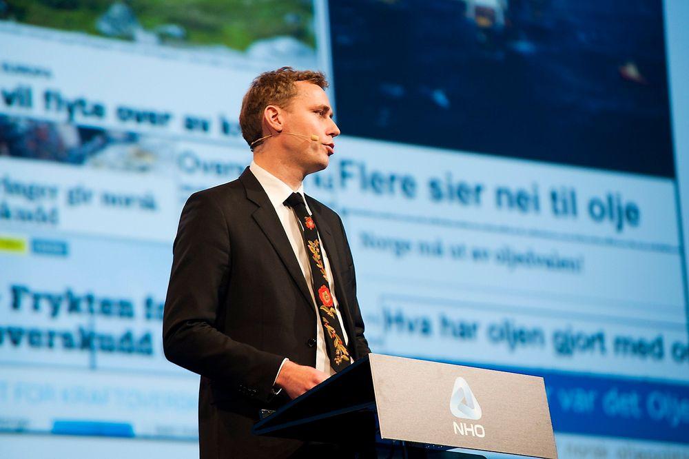 Aldri har det vært behandlet så mange konsesjonsøkander for kraftutbygging som i fjor, fortalte energiminister Ola Borten Moe på NHOs årskonferanse i Operaen i dag. (Foto: Scanpix)