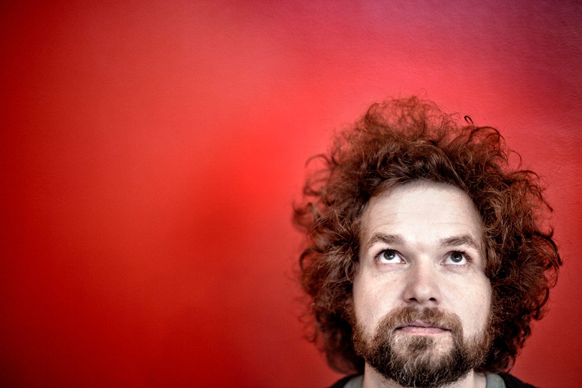 Tidligere Siffer-programleder Jo Røislien er klar med en ny serie. Denne gang handler det om verdens største tall.