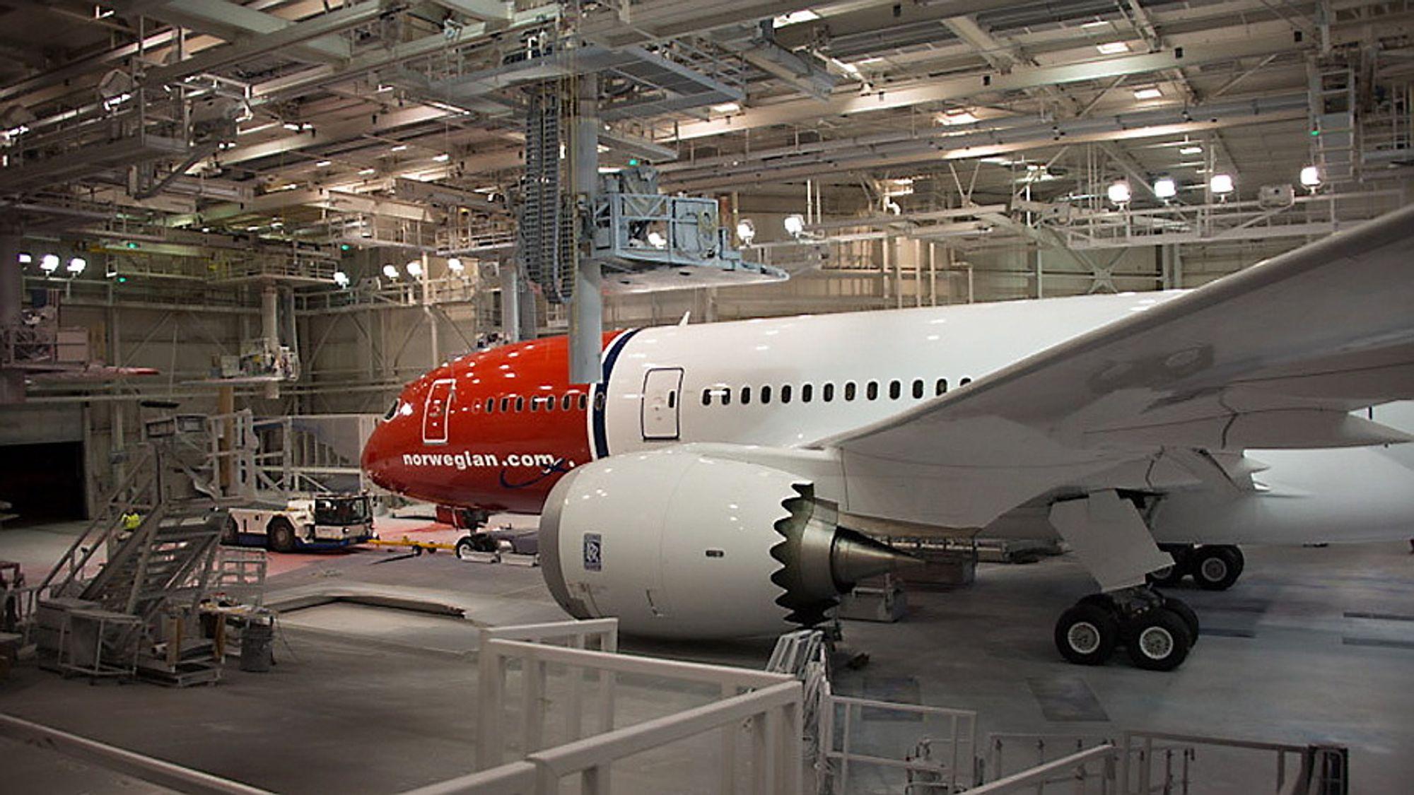 Norwegians ene Dreamliner på Boeing-fabrikken. Norwegian har foreløpig ikke fått noen ny leveringsdato.