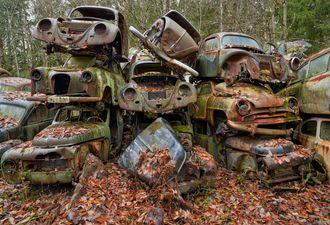 Inntil 30 000 biler i året kan falle utenfor returordningen, og mange kan havne i naturen.