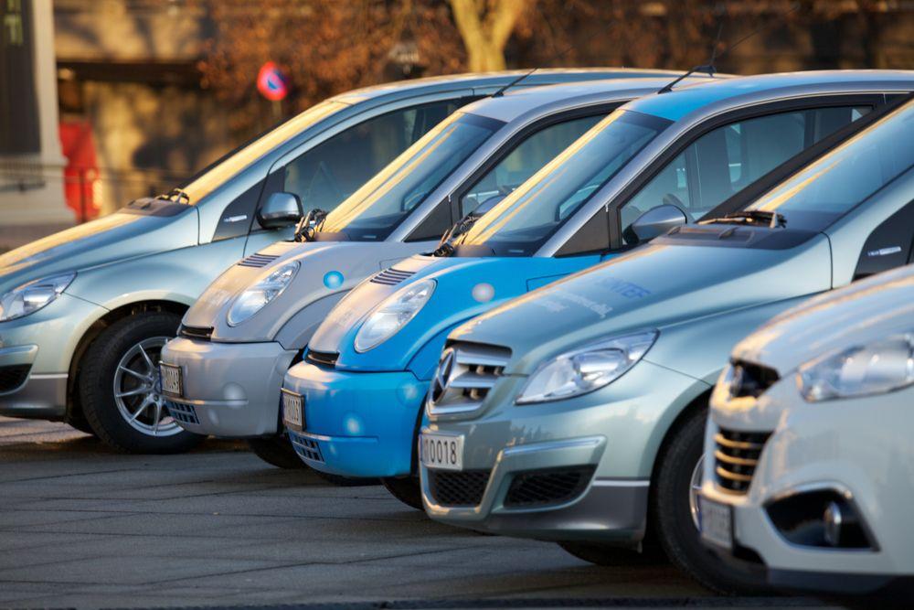 Forskere jobber iherdig med å gjøre hydrogenbiler konkurransedyktig på pris.
