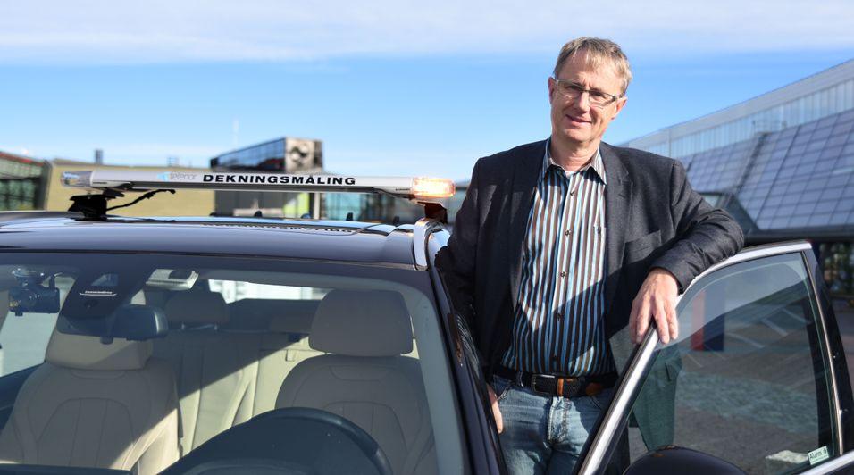 Dekningsdirektør Bjørn Amundsen i Telenor mener mobilnettet besto testen og opplevde langt færre utfall en ved tidligere uvær.