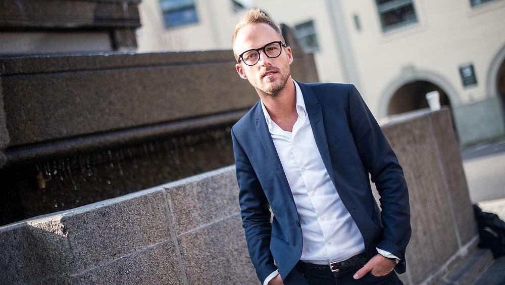 Christoffer Hovde er rådgiver, foredragsholder og blogger innenfor ledelse, kommunikasjon og mangfold. Han har hatt flere ulike lederroller i IKEA-konsernet og Varner-gruppen.