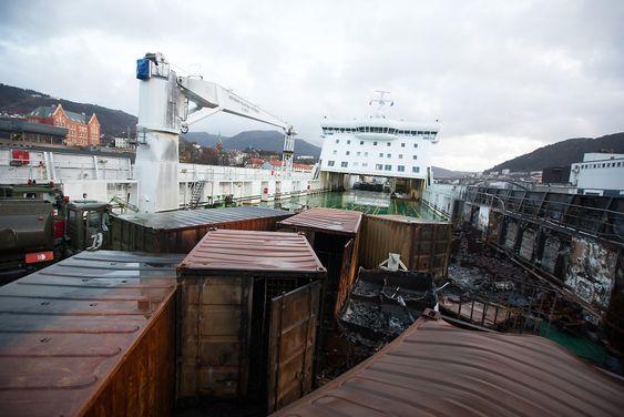 Britannia Seaways fikk en del skader, men verst gikk det ut over den militære lasten.