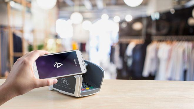 Snart kan du betale kontaktløst - både med kort og mobil