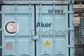 Aker Solutions pilot for fangstteknologi får plass i et par containere. Et fullskalaanlegg trenger atskillig mer plass. Det er blant temaene for en mulighetsstudie.