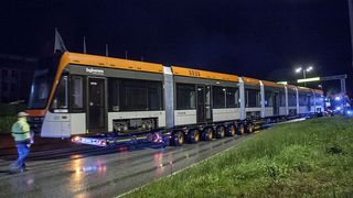 Slik fraktet de Bergens 42 meter lange bybanevogn