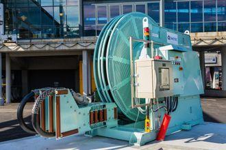 Bergen har tatt i bruk landstrømanlegget på Skoltekaien. Et lavspent koblingspunkt med 30 meter kabel sørger for at offshoreskip som er klargjort for kobling, kan skru av hjelpemotoren. Utstyret er levert av Schneider Electric og Cavotec.