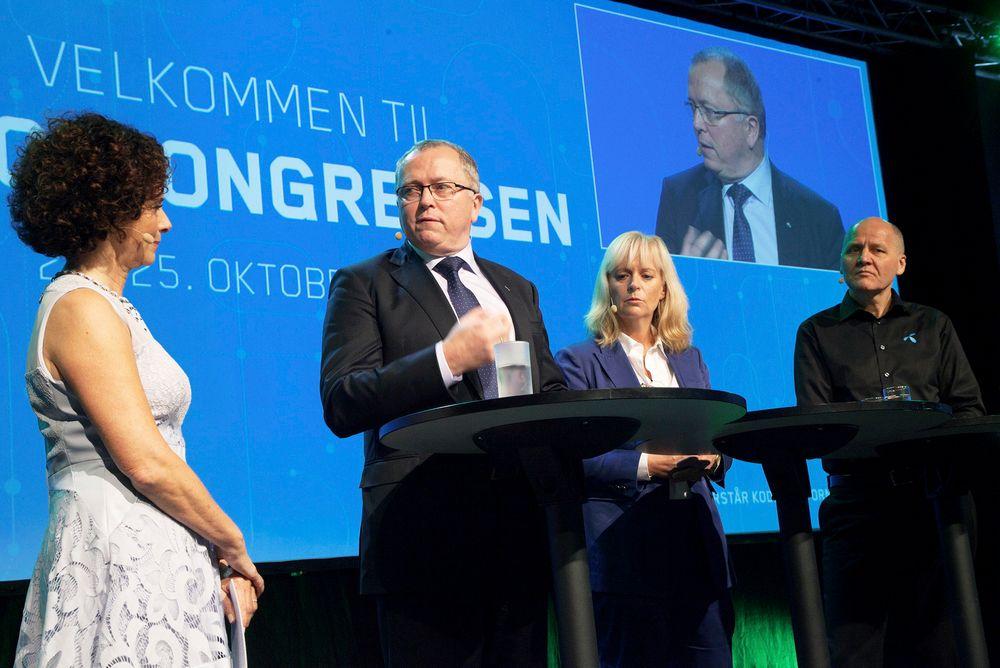 Statoil-sjef Eldar Sætre (midten) og Telenor-sjef Sigve Brekke jakter gode ingeniører, spesielt innen ikt. De andre i bildet er programleder Nadia Hasnaoui (t.v.) og Abelias direktør for digitalisering og fornying, Christine Korme.