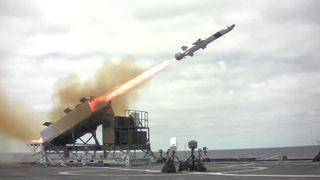 Hevder amerikanske krigsskip skal på tokt med norske missiler